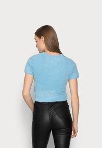 Glamorous Petite - Jednoduché triko - blue - 2