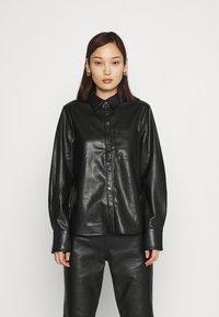 NA-KD - Button-down blouse - black - 0