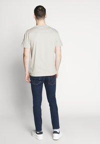 Wrangler - BRYSON - Jeans Skinny Fit - dark-blue denim - 2