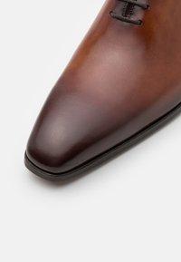 Magnanni - Smart lace-ups - coñac - 5