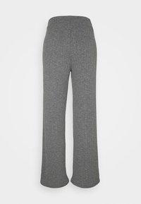ONLY - ONLMELIKA PANTS  - Bukser - medium grey melange - 1
