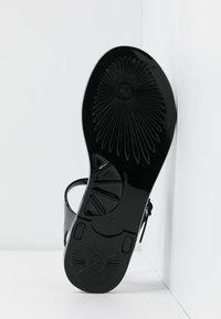 EA7 Emporio Armani - Pool shoes - black - 6