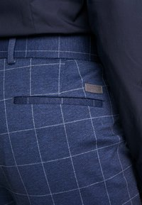 Lindbergh - CHECKED SUIT - Completo - blue - 9