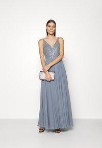 Swing - Společenské šaty - grey rich - 1