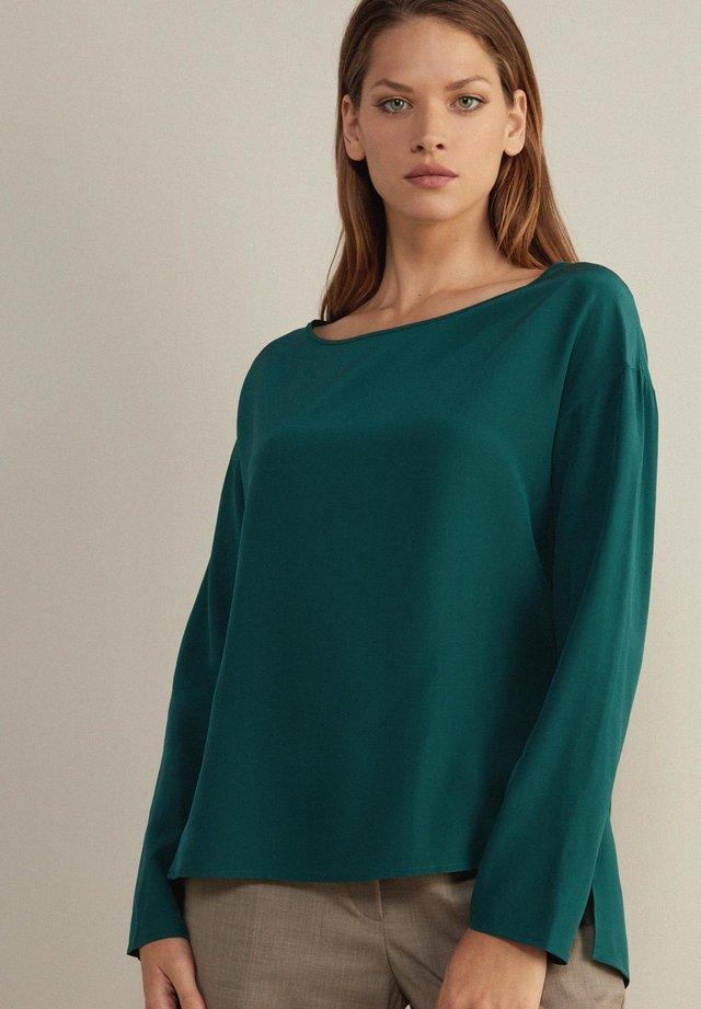 Long sleeved top - grün - verde pino