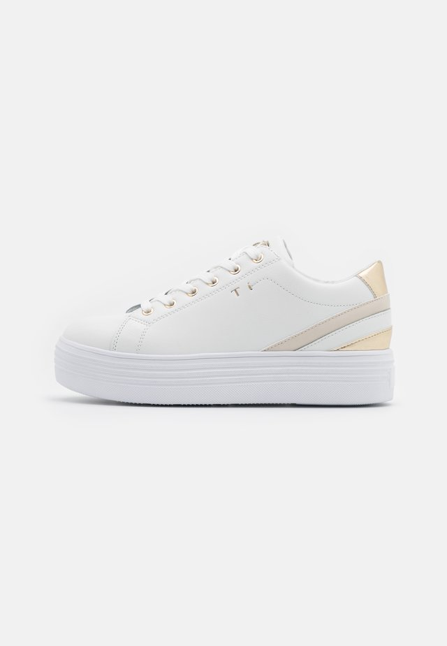 GRACE - Sneakers laag - white/gold