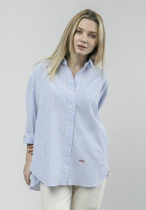 SAKURAYA TEA - Button-down blouse - blue