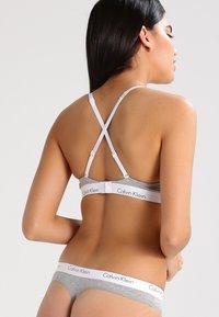 Calvin Klein Underwear - BRA - Sujetador sin tirantes/multiescote - grey heather - 3