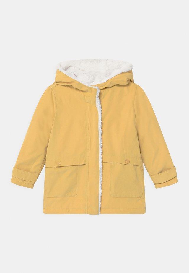 FLORENCE - Zimní kabát - honey gold