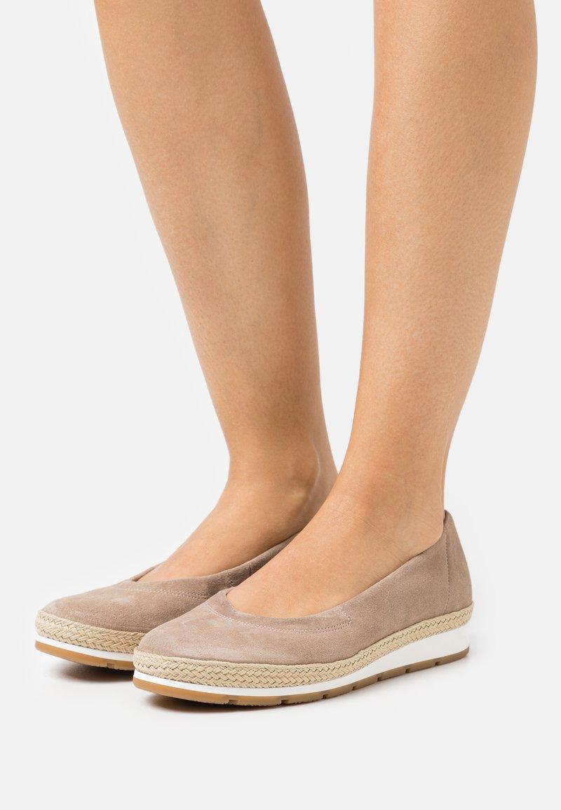 Gabor Comfort - Ballerina's - taupe