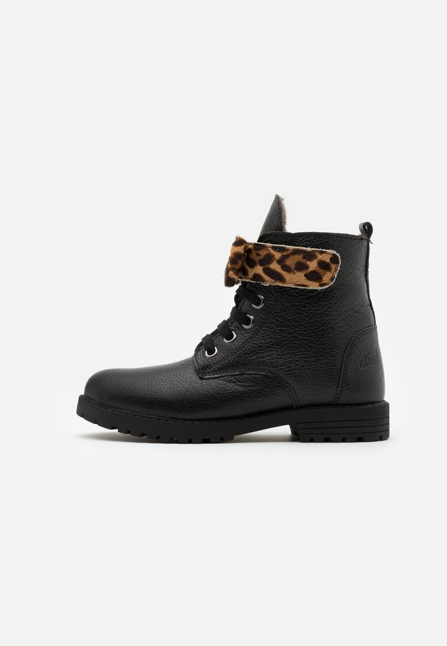 Bottines à lacets - black