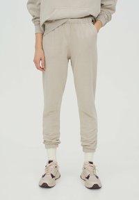 PULL&BEAR - Teplákové kalhoty - beige - 0
