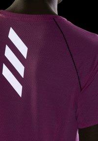 adidas Performance - RUNNER - T-shirt print - pink - 5