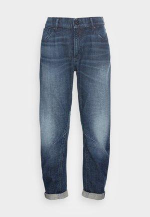 BOYFRIEND - Relaxed fit jeans - worn in hale navy