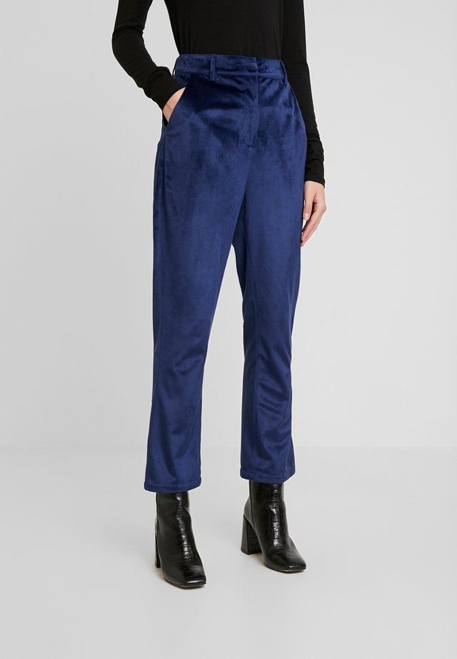 ELVIS TROUSER - Broek - navy