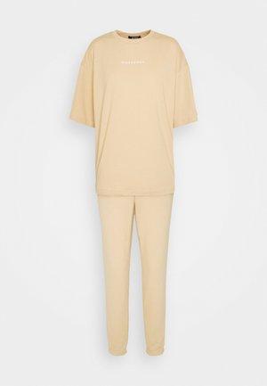 OVERSIZED SET - Pantalon de survêtement - beige