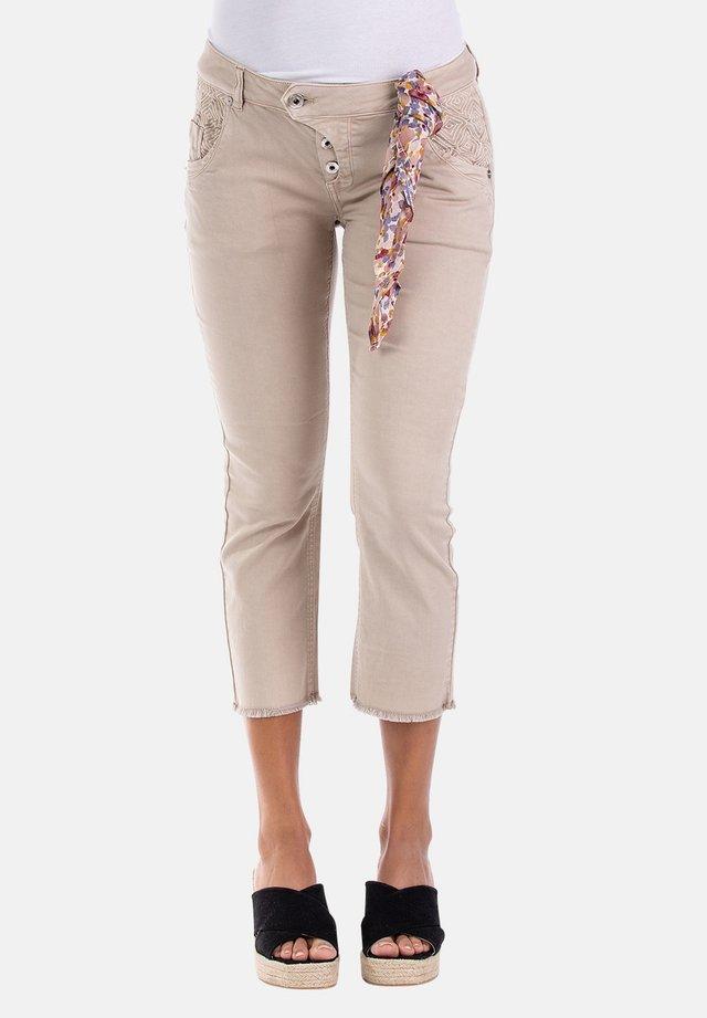 MANIE - Slim fit jeans - beige