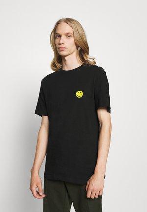 POP CULTURE - Print T-shirt - black