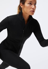 OYSHO - Soft shell jacket - black - 2