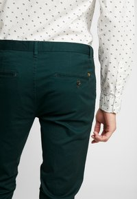 Scotch & Soda - MOTT CLASSIC - Chinos - fern - 3