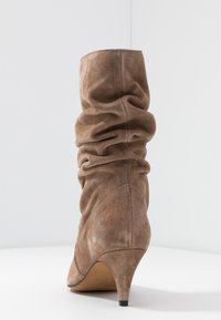 LAB - Boots - taupe - 5