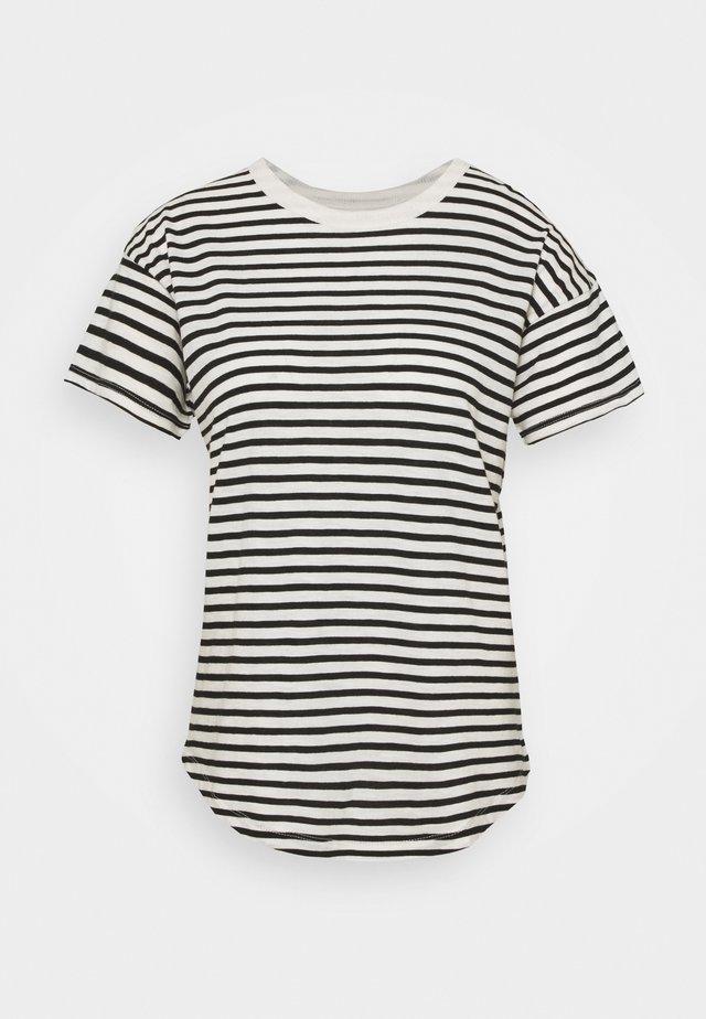 WHISPER CREWNECK TEE - T-shirt med print - true black