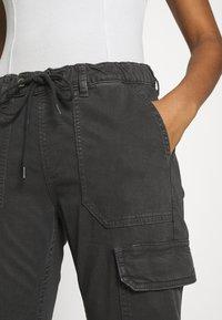 Pepe Jeans - CRUSADE - Cargobroek - charcoal - 3