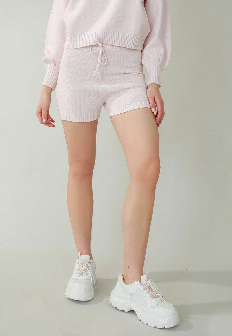 Pimkie - Shorts - zartrosa