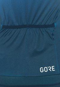 Gore Wear - WEAR FORCE WOMENS - Maillot de cycliste - scuba blue/orbit blue - 7