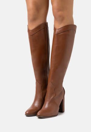 PUDDING - Laarzen met hoge hak - tan