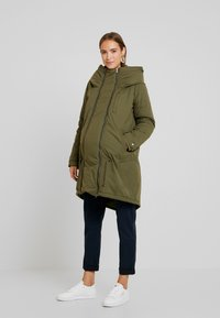 MAMALICIOUS - NEW TIKKA PADDED JACKET - Parka - olive night - 0