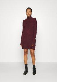 Vero Moda - VMLUCI ROLLNECK DRESS - Jumper dress - winetasting - 0