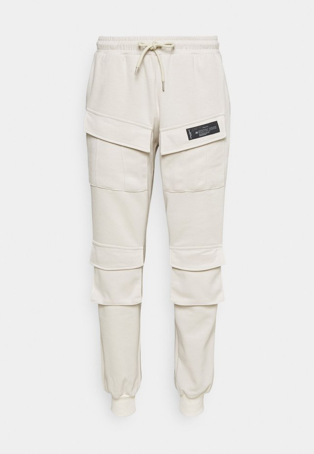 PANTS FRONT POCKETS - Cargo trousers - beige