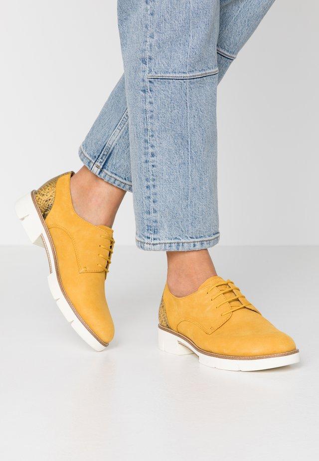 Šněrovací boty - sun
