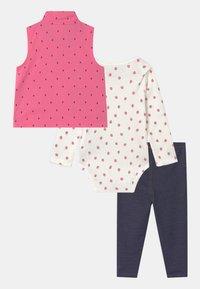 Carter's - STRAW SET - Waistcoat - pink - 1