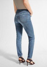 comma - Slim fit jeans - blue - 2