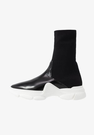High-top trainers - onyx
