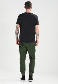 Pier One - Cargobroek - dark green - 2