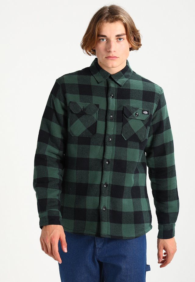 LANSDALE SHERPA LINED  - Chemise - pine green