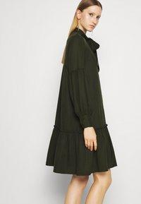 Bruuns Bazaar - PRALENZA ALLEA SHIRT DRESS - Day dress - green night - 3