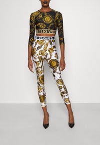 Versace Jeans Couture - Leggings - Trousers - white/gold - 4