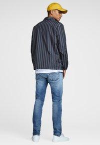Jack & Jones - Light jacket - dark blue - 2