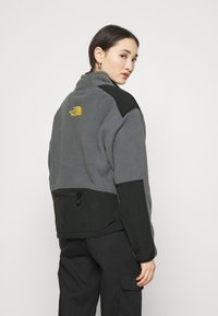 The North Face - STEEP TECH JACKET - Fleecegenser - vanadis grey/black/lightning yellow - 2