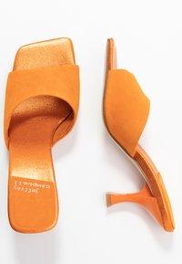 Jeffrey Campbell - MR-BIG - Heeled mules - orange - 3