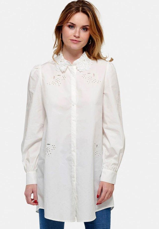 LUCILLE - Skjortebluser - white lace