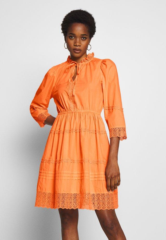 YASCANTALINA 3/4  DRESS - Day dress - canteloupe