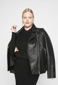 Even&Odd Curvy - Jumper dress - black - 3