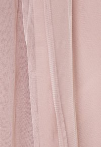 Maya Deluxe - CAPE SLEEVE MAXI DRESS WITH FLORAL EMBELLISHMENT - Ballkjole - frosted pink - 6