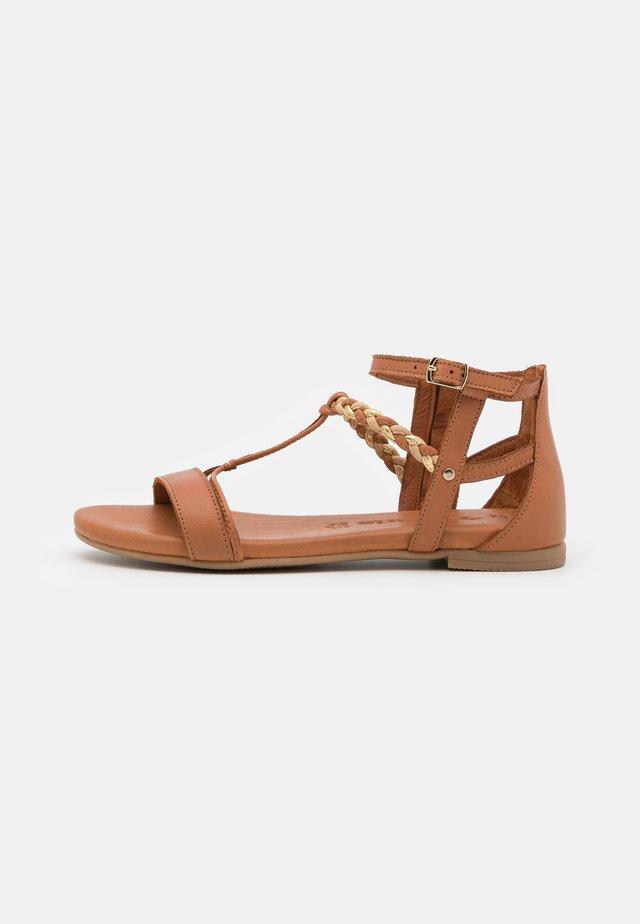Sandales - nut