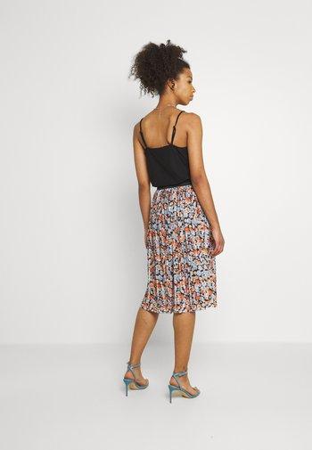 JDYBOA SKIRT - A-line skirt - black/light blue